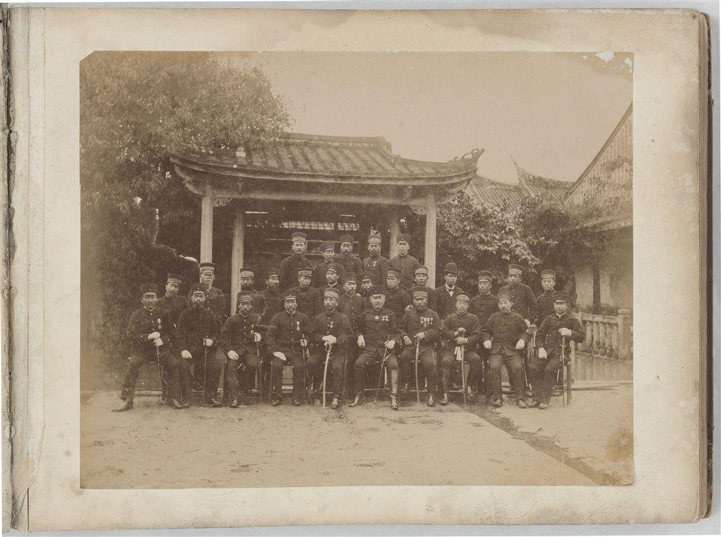 十九世紀蛋白版相紙(6):板橋林本源園邸